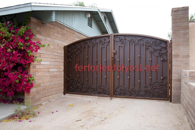 Ferforje bahçe kapıları 09
